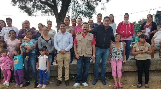 Paco Cedillo visita colonias de Uruapan para escuchar necesidades de los ciudadanos